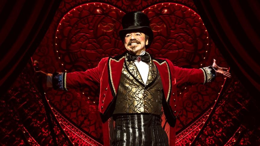 Danny Burstein as nightclub owner Harold Zidler in Moulin Rouge! The Musical.