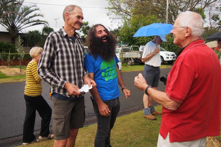 The ABC's Costa Georgiadis meets with locals on the Sunshine Coast