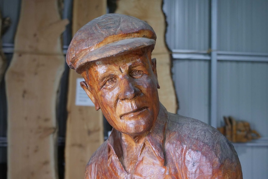 Don Bradman sculpture