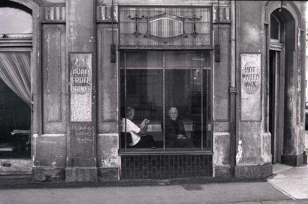 Billiard parlour, corner of Gertrude and Fitzroy Street.