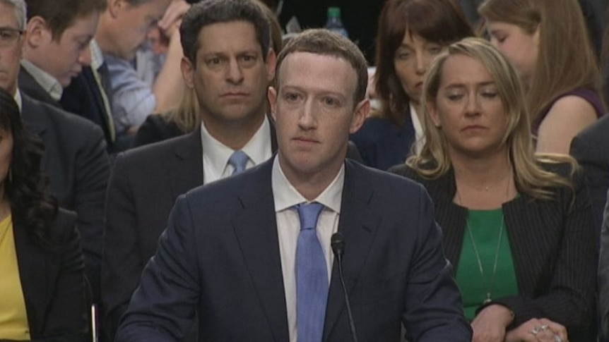 Mark Zuckerberg addresses Facebook privacy leak at a US congressional inquiry (Photo: Reuters/Aaron P. Bernstein)