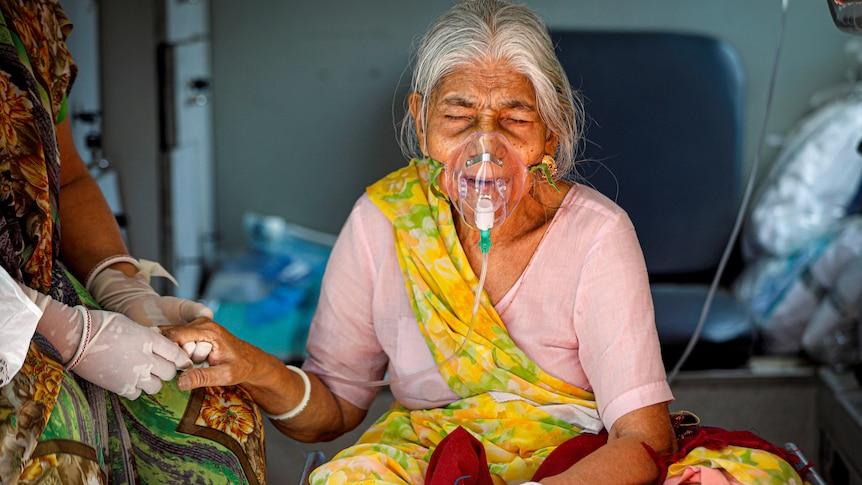 印度本周打破了单日确诊记录,一天内确诊病例超过412,262例,死亡3980例。