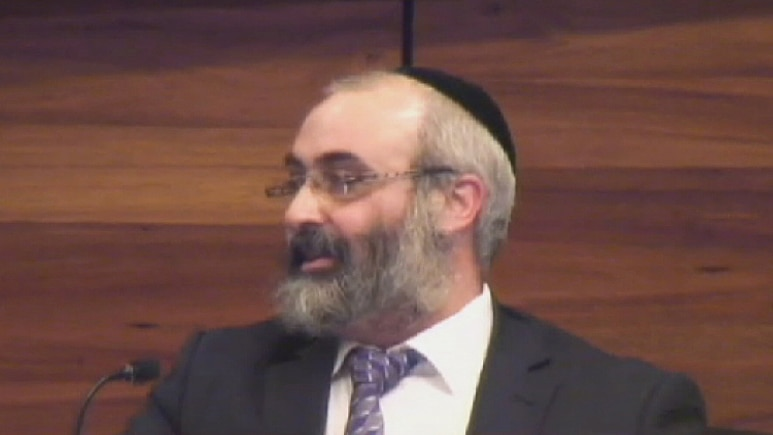 Rabbi Meir Kluwgant initially said he did not recall sending the text message to the newspaper editor.
