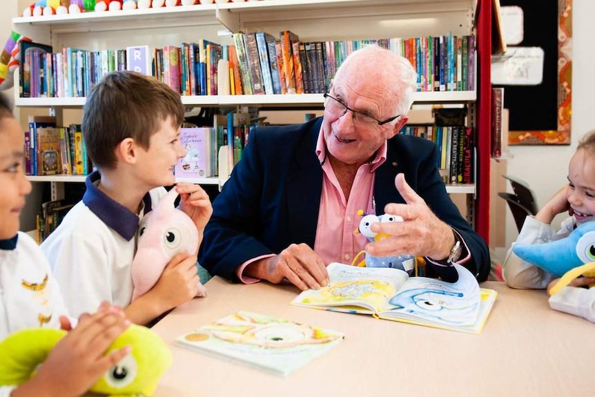 Child psychologist Dr John Irvine in a classroom.