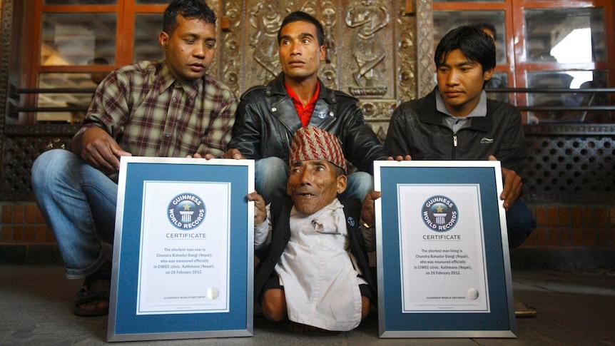 The world's shortest man dies