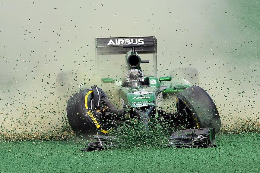 Kobayashi crashes out of Australian Grand Prix