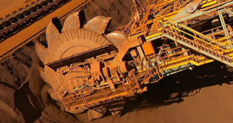 Machine loads iron ore