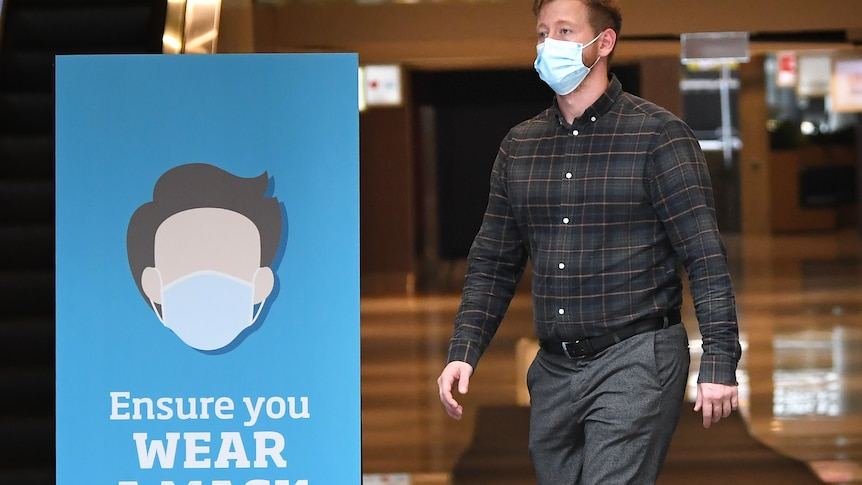 Mask-wearing push to limit COVID-19 spread comes as AMA says GPs face 'dangerous shortage'