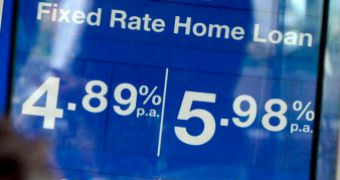 Interest rate sign outside bank