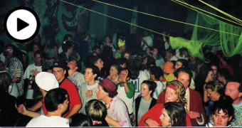 A full dancefloor at a 90s rave
