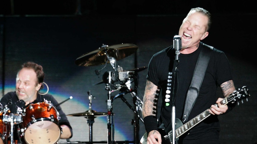 Metallica James Hetfield And Lars Ulrich S Ongoing Battle Leading Towards Swap Abc News