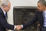 US president Barack Obama and Israeli prime minister Benjamin Netanyahu shake hands in the Oval Office.
