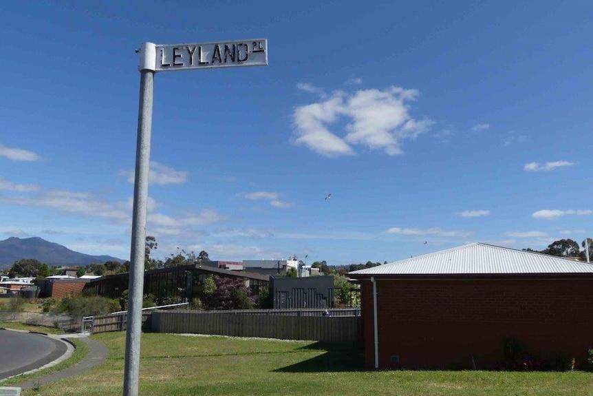 Leyland Place street sign