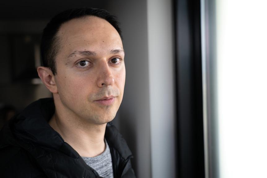 Headshot of Arman Abrahimzadeh.