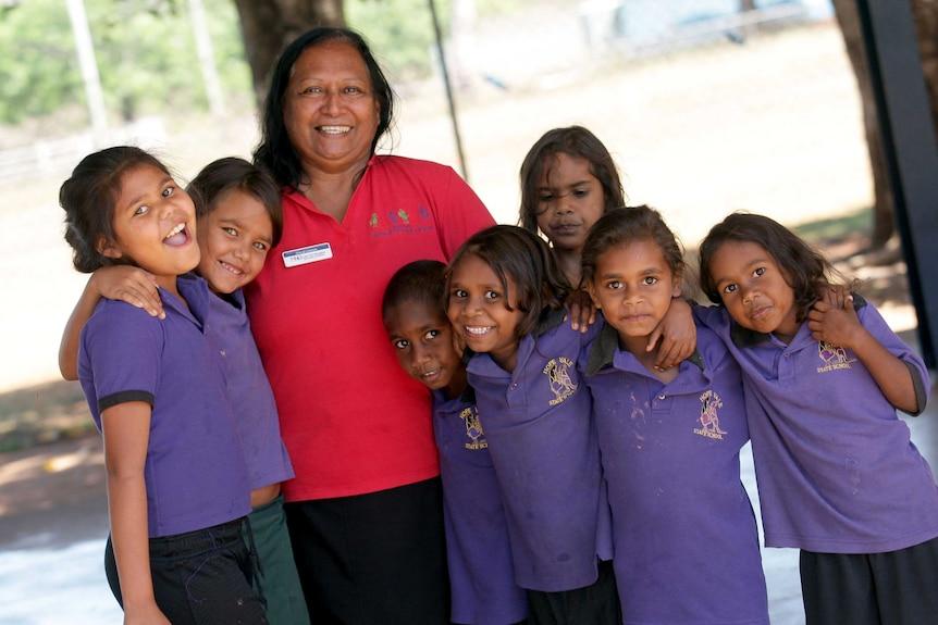 Aboriginal woman and children