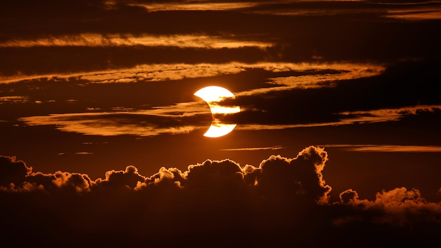 Annular 'ring of fire' solar eclipse spotted in the Northern Hemisphere sky from Beijing to New York – ABC News