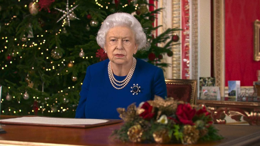 2021 Queen Christmas Message Queen Elizabeth Ii Calls For Spirit Of Selflessness In Christmas Message Abc News